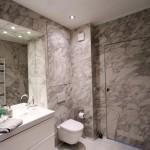 Bathroom / toilet / door